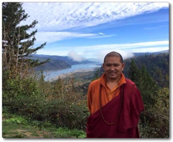 Tulku Thadral Rinpoche